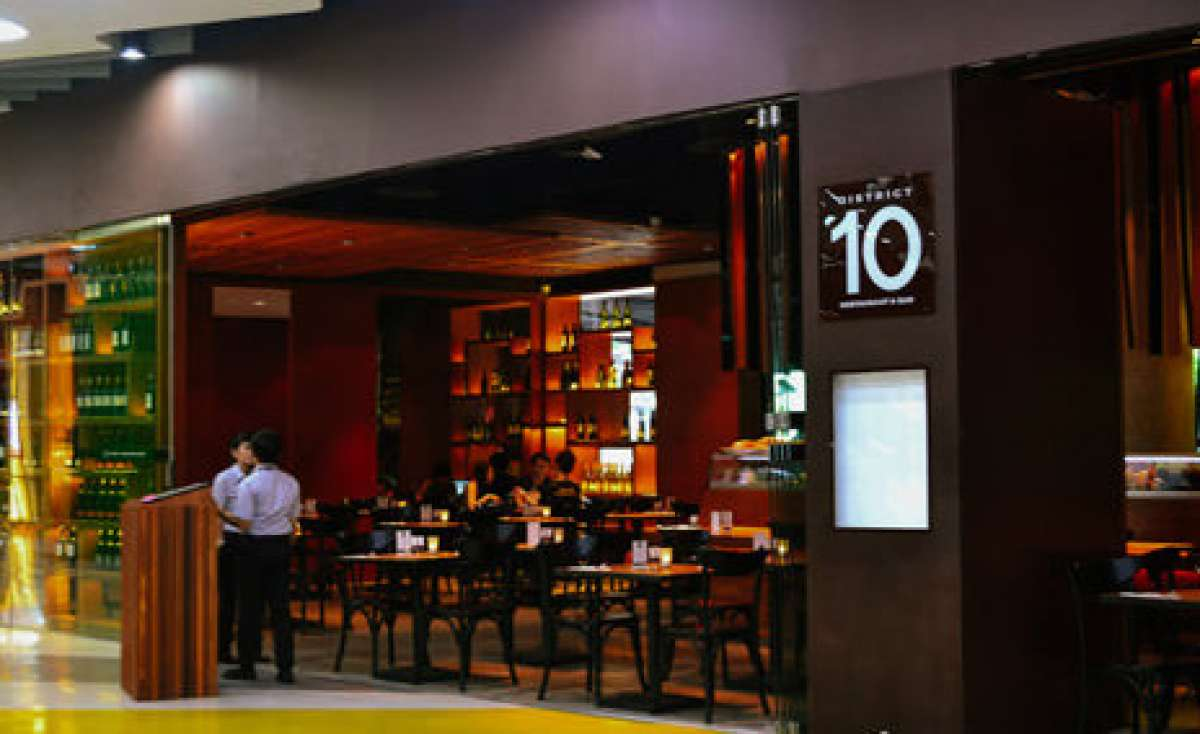 District 10 Restaurant & Bar Photo 0