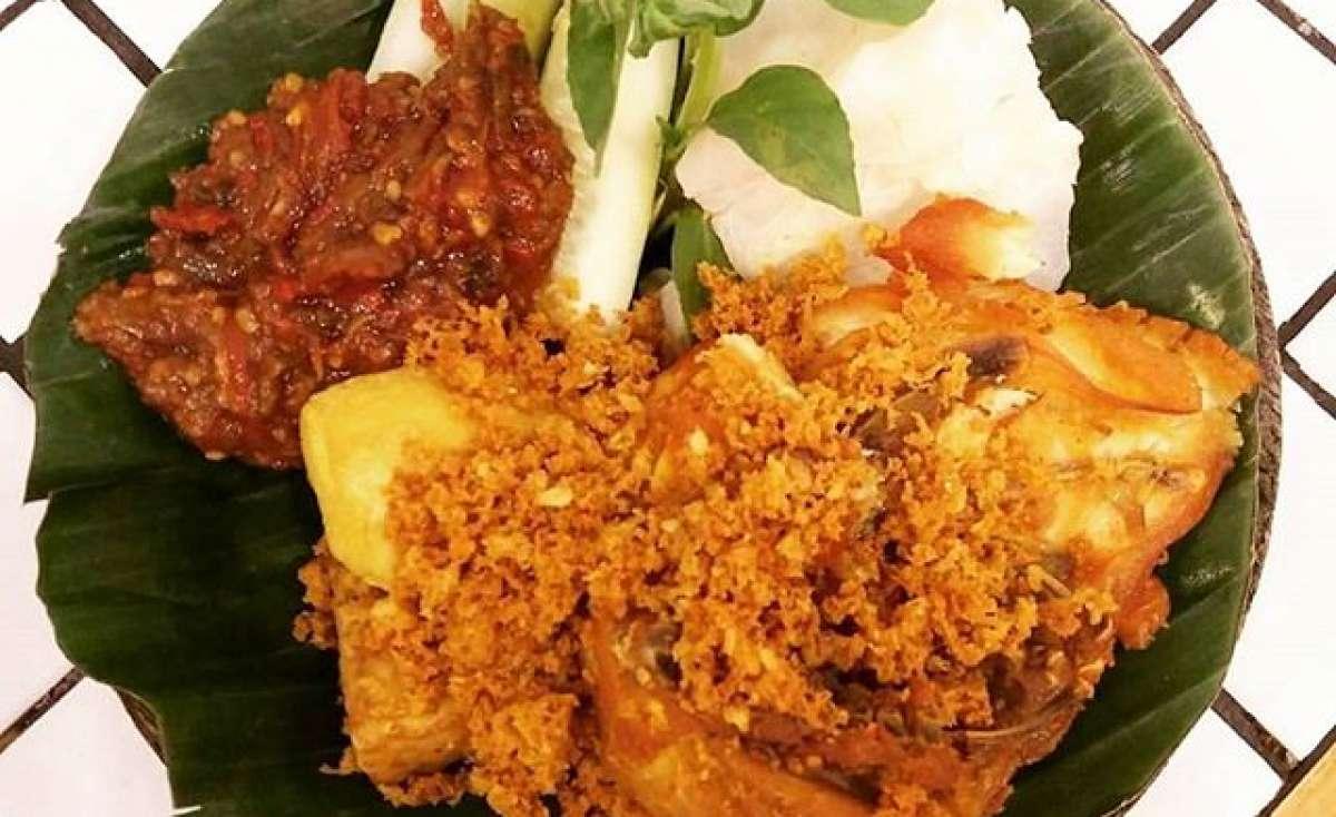 Cobek Ayam Penyet Medan Fair Photo 0
