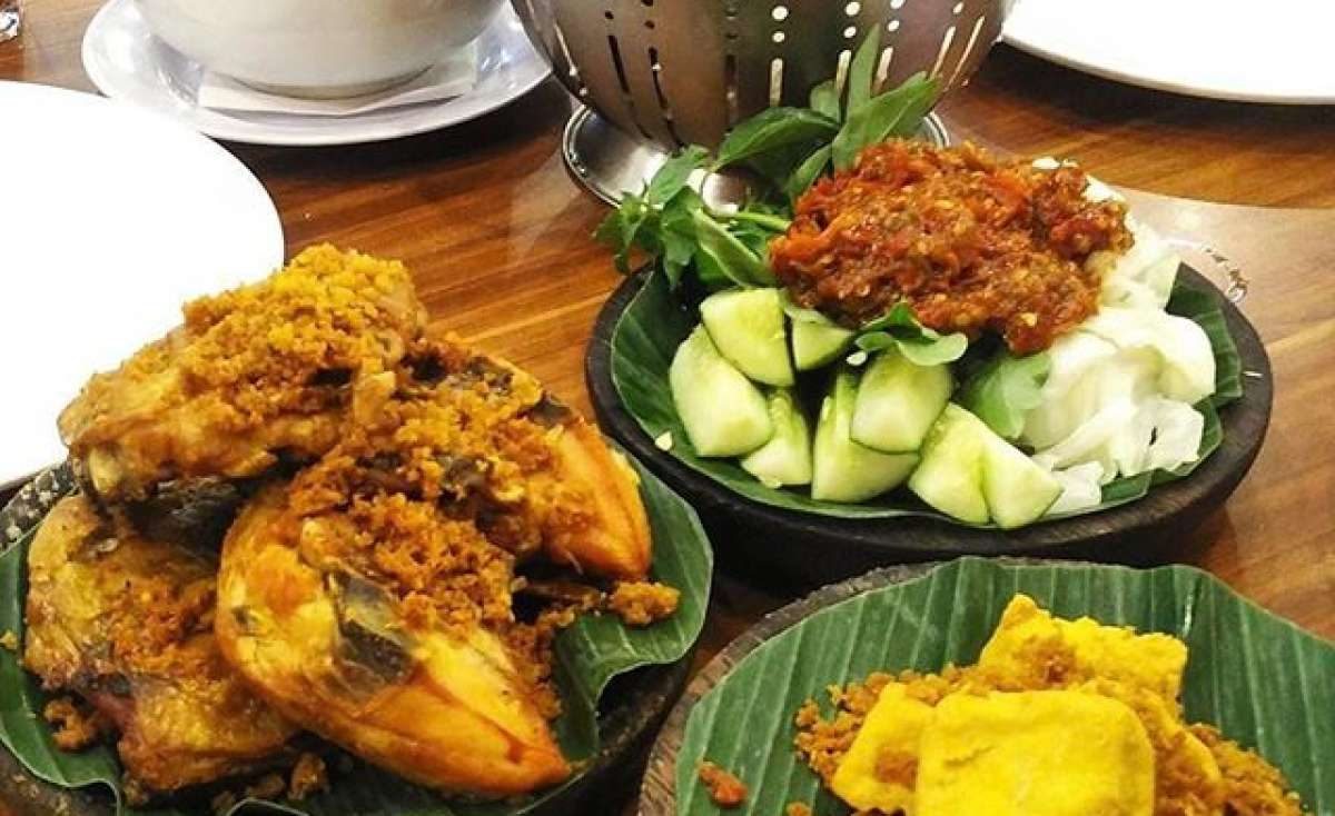 Cobek Ayam Penyet Medan Fair Photo 3