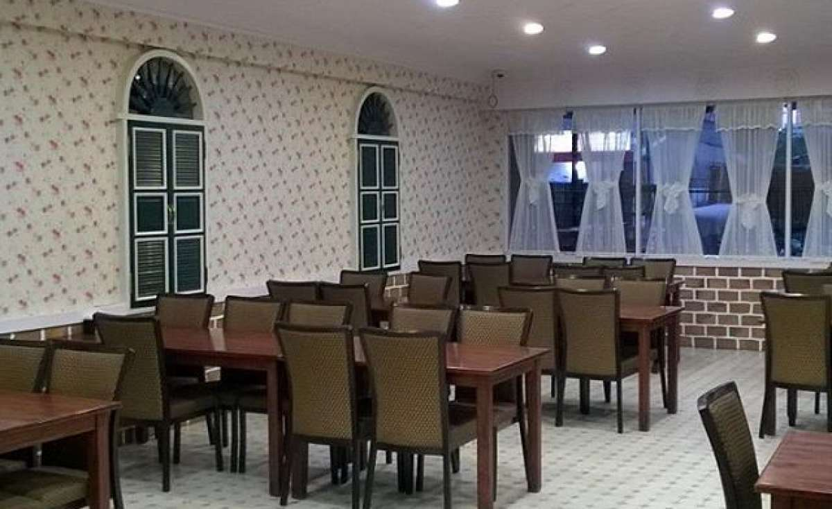 Rumah Makan Bintang Bawal