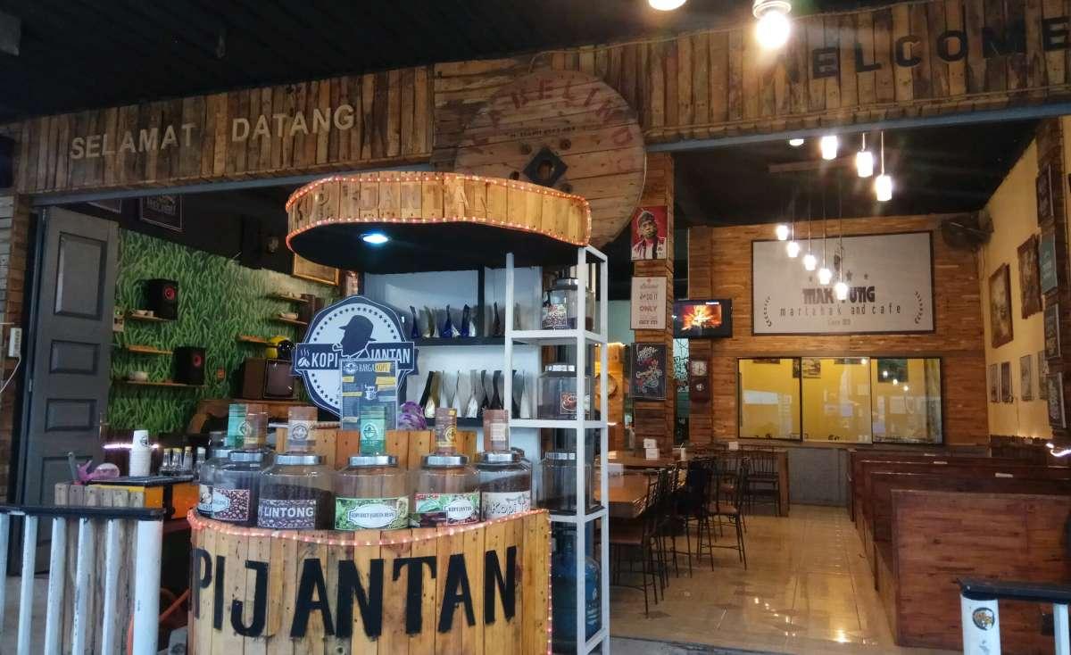 Makyung Martabak and Cafe Cemara