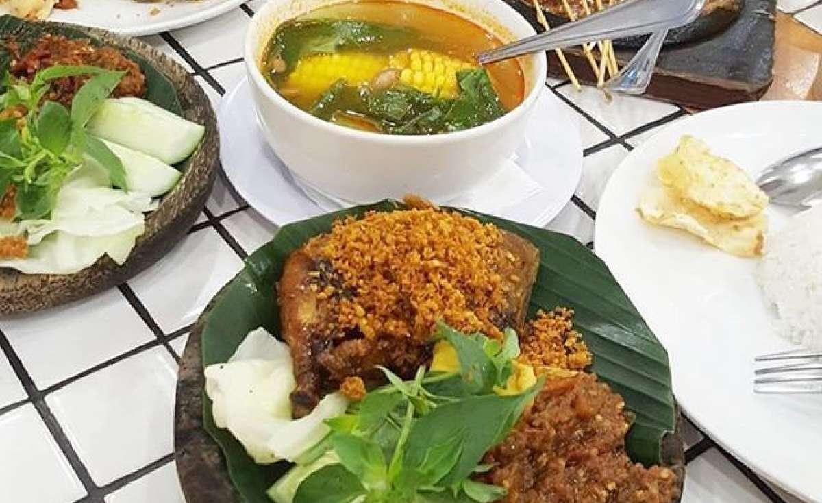 Cobek Ayam Penyet Medan Mall