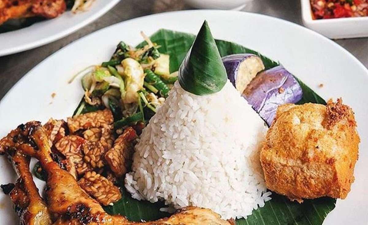 Ayam Bakar Wong Solo Gajah Mada