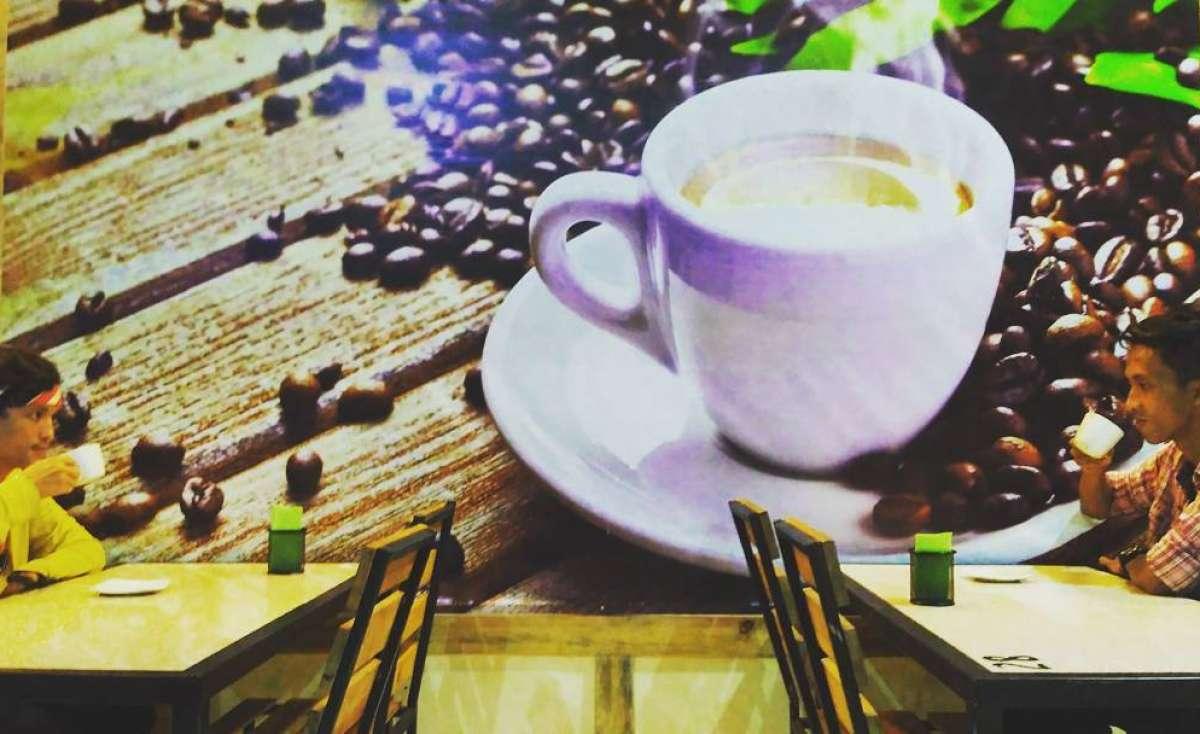 Cut Dewi Coffee Wahid Hasyim